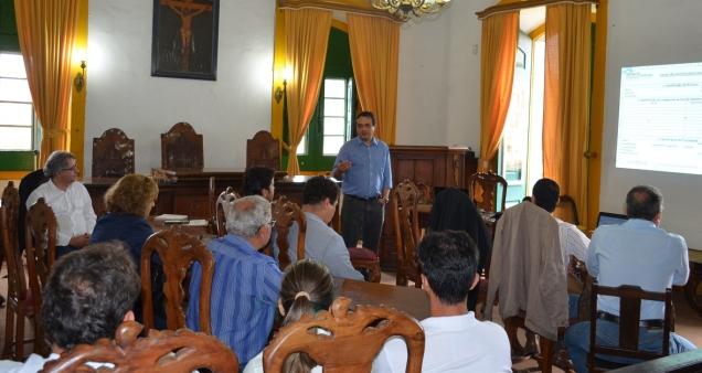 Reunião na Câmara Municipal de Mariana.