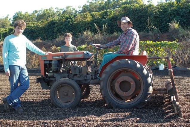 ©SamanthaMapa-7446 - Cafeicultura familiar - no sítio Pimentas José Marcos conseguiu bons resultados com a variedade Paraíso 1