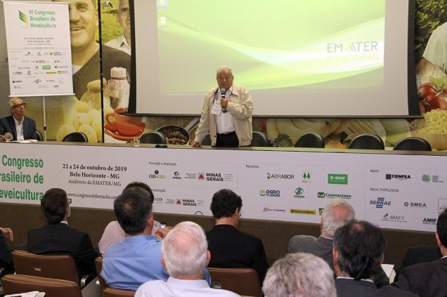 IMG_1795 Ex-ministro Alysson Paulinelli falou sobre a agricultura brasileira